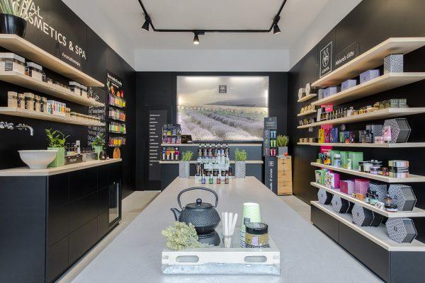 Apivita-store-Amsterdam-(4)